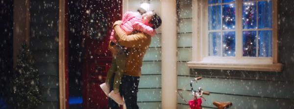 Taeyeon trở lại với MV giáng sinh đầy xúc động về tình cha con-1