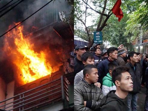 3 căn nhà bốc cháy, cả khu phố ở Hà Nội hốt hoảng
