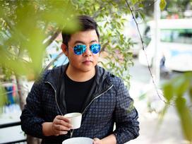 Quang Lê: 'Được nhiều nữ đại gia theo đuổi nhưng tôi phải giữ mình'