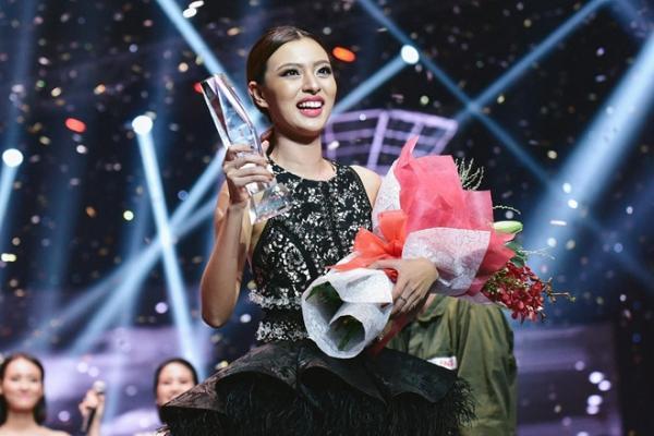 Điểm danh loạt hot girl thành Quán quân, Hoa hậu chỉ sau một lần làm bạn gái của Sơn Tùng M-TP-4