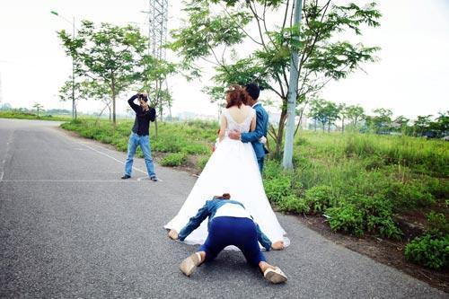 Phía sau những bức ảnh cưới ảo diệu là cả một ê kíp bá đạo làm hậu kỳ-3
