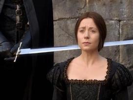 Cái chết oan nghiệt của vương hậu ảnh hưởng nhất lịch sử nước Anh: Bị xử tử công khai vì ngoại tình