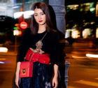 Street style đêm Sài Gòn toàn hàng hiệu của MC Quỳnh Chi