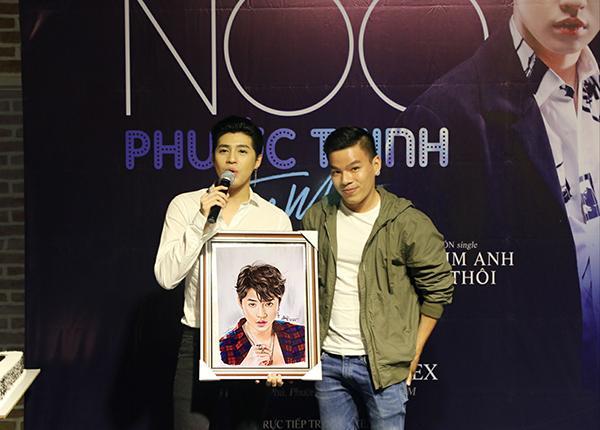 Chàng trai kể chuyện toát mồ hôi hột những lần vẽ tranh cho nghệ sĩ Việt-6