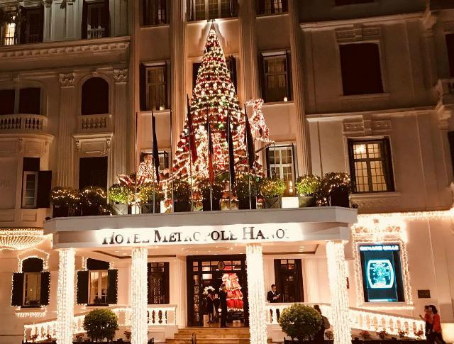 Những điểm sống ảo mùa Giáng sinh chưa bao giờ cũ ở Hà Nội-2