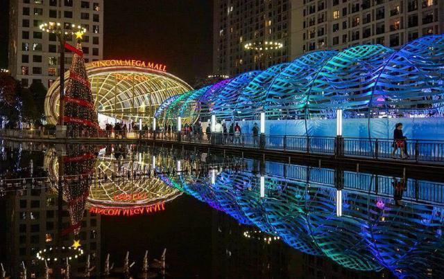 Những điểm sống ảo mùa Giáng sinh chưa bao giờ cũ ở Hà Nội-6