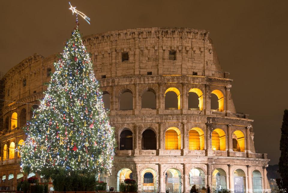 Những cây thông Noel tuyệt đẹp ở châu Âu-2
