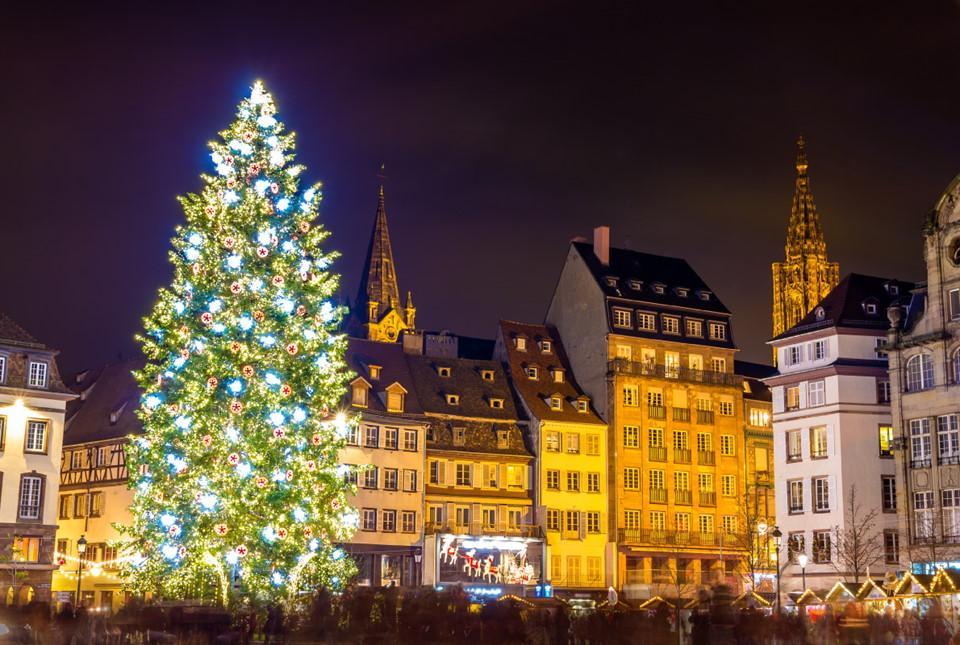Những cây thông Noel tuyệt đẹp ở châu Âu-3