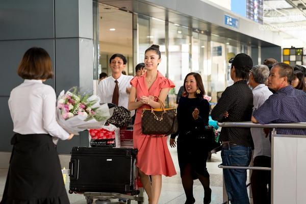 Trở lại Việt Nam, Hoa hậu Hoàn vũ Riyo Mori vẫn đẹp xuất sắc sau 10 năm đăng quang-2
