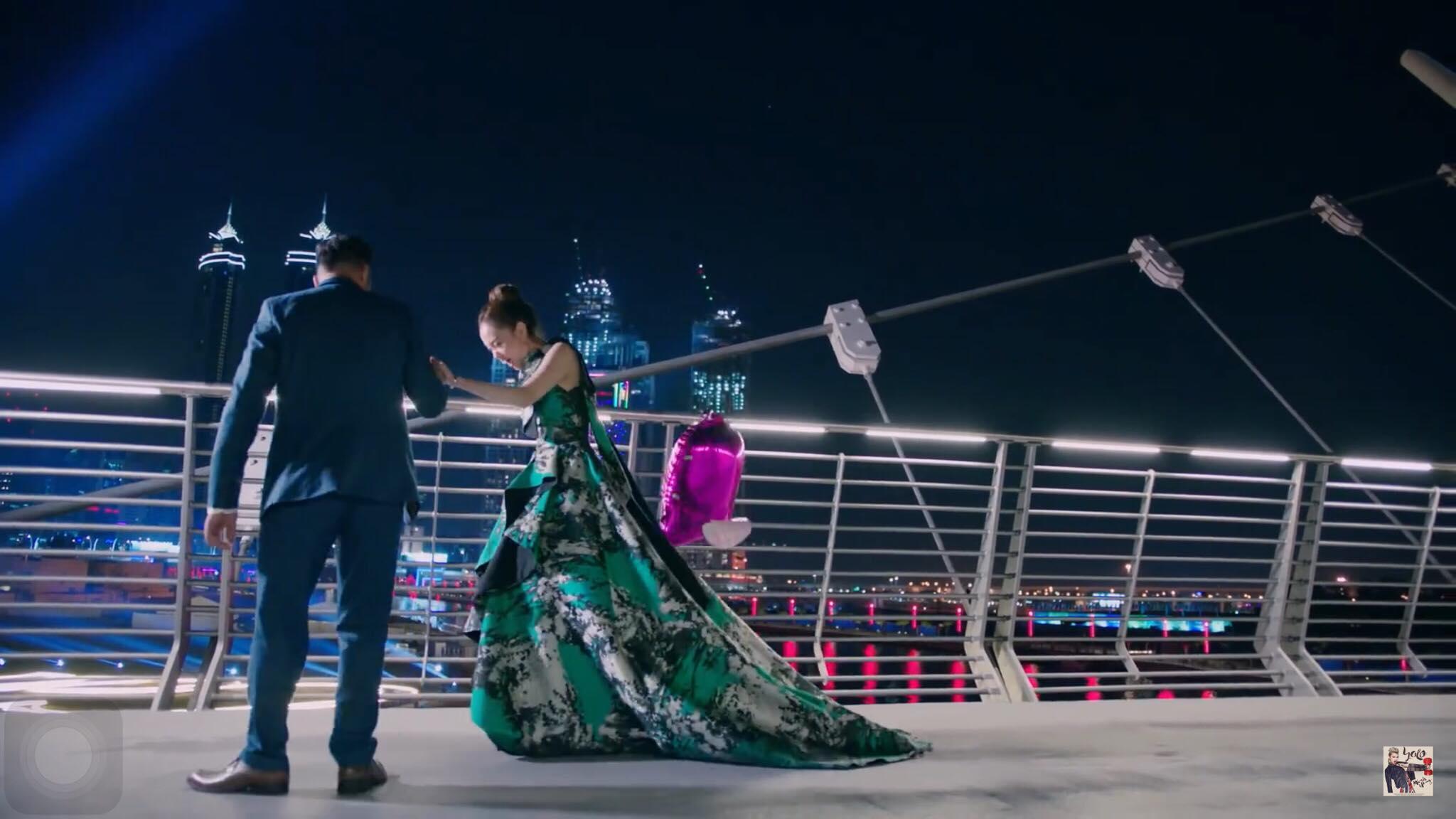 Không thích nhắc về nhau, bất ngờ Minh Hằng vẫn đụng váy áo Hồ Ngọc Hà trong MV mới-3