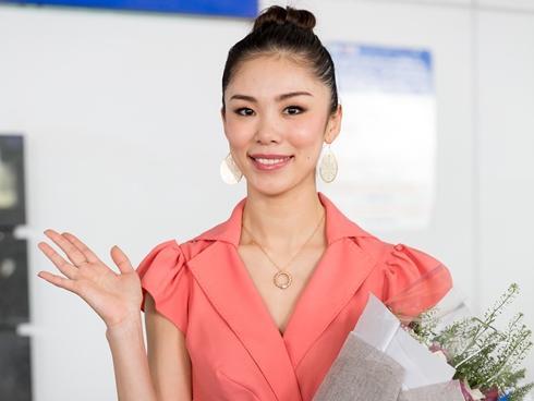 Trở lại Việt Nam, Hoa hậu Hoàn vũ Riyo Mori vẫn đẹp xuất sắc sau 10 năm đăng quang