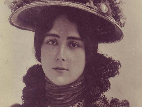 Bi kịch 'gái bao hạng sang' của nữ hoàng sắc đẹp nổi tiếng lịch sử nước Pháp