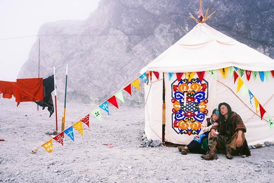 Ảnh cưới chất nhất năm: Tình yêu du mục trên ngọn đồi tuyết phủ đẹp hơn cả MV của Bảo Anh-4