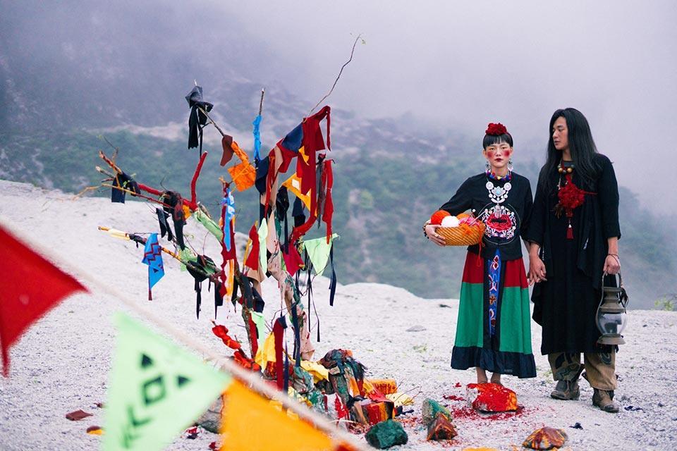 Ảnh cưới chất nhất năm: Tình yêu du mục trên ngọn đồi tuyết phủ đẹp hơn cả MV của Bảo Anh-5