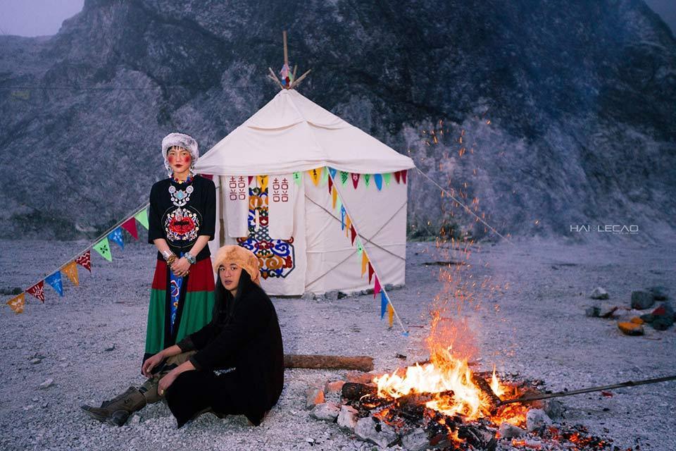 Ảnh cưới chất nhất năm: Tình yêu du mục trên ngọn đồi tuyết phủ đẹp hơn cả MV của Bảo Anh-6