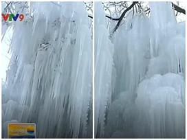 Trung Quốc: Nhũ băng tuyệt đẹp hấp dẫn du khách