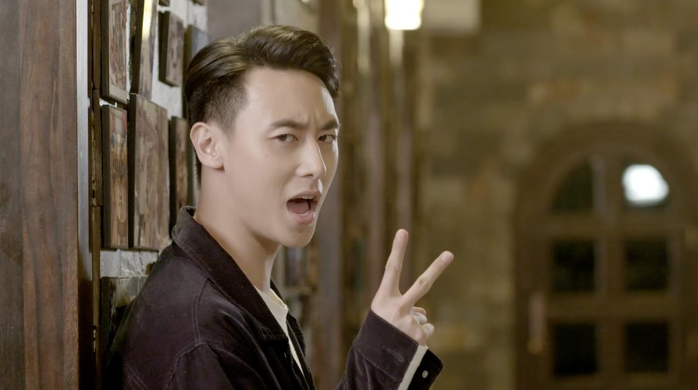 Rocker Nguyễn khoe giọng rap trong ca khúc Anh không đòi quà-3