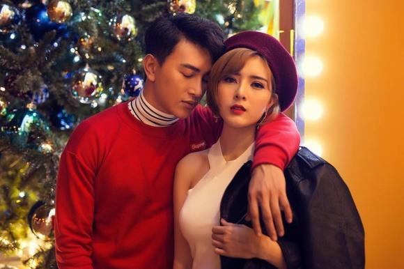 Hot girl - hot boy Việt 17/12: Huyền Baby công khai trốn con đi hẹn hò-5
