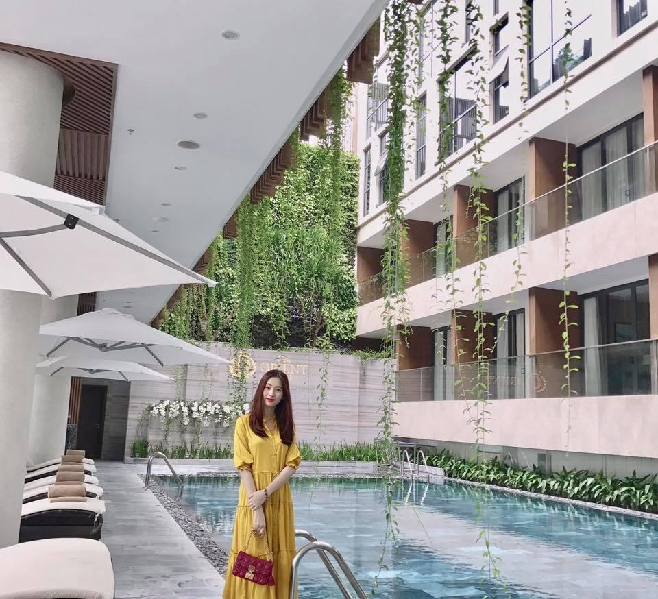 Tin sao Việt: Angela Phương Trinh lại phô diễn vòng 3 cong cớn-2