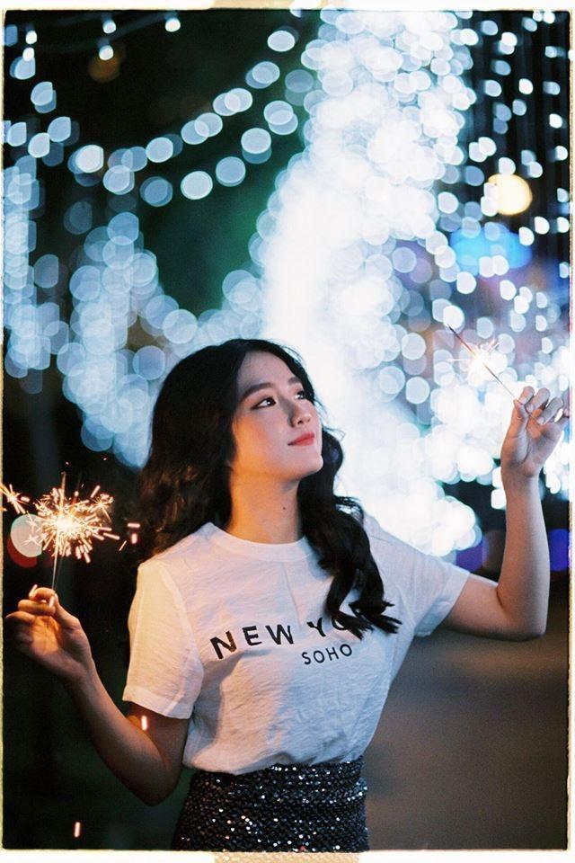 Hot girl - hot boy Việt 18/12: 3 gia đình hot nhất mạng xã hội tưng bừng đón Giáng sinh sớm-7