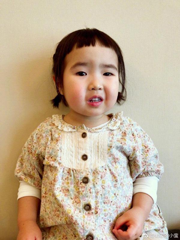 Bé gái thánh ăn Trung Quốc bất ngờ tái xuất với trình ăn uống không đối thủ-7
