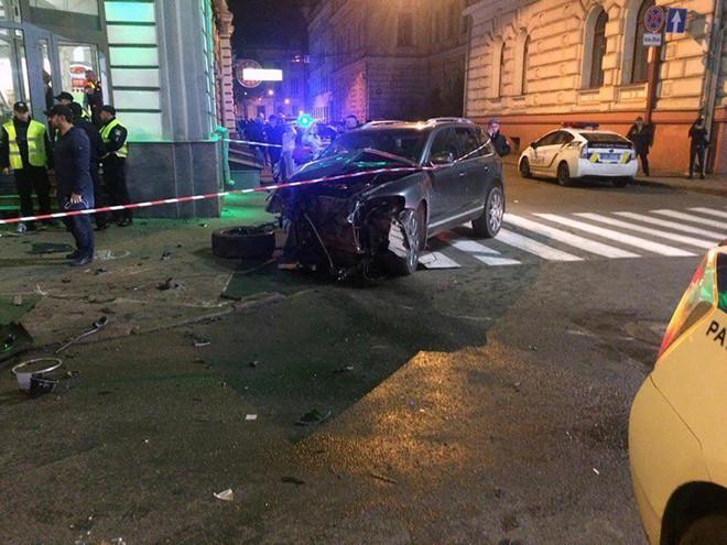 Tiểu thư 9X phải hầu tòa sau khi gây tai nạn thảm khốc-1