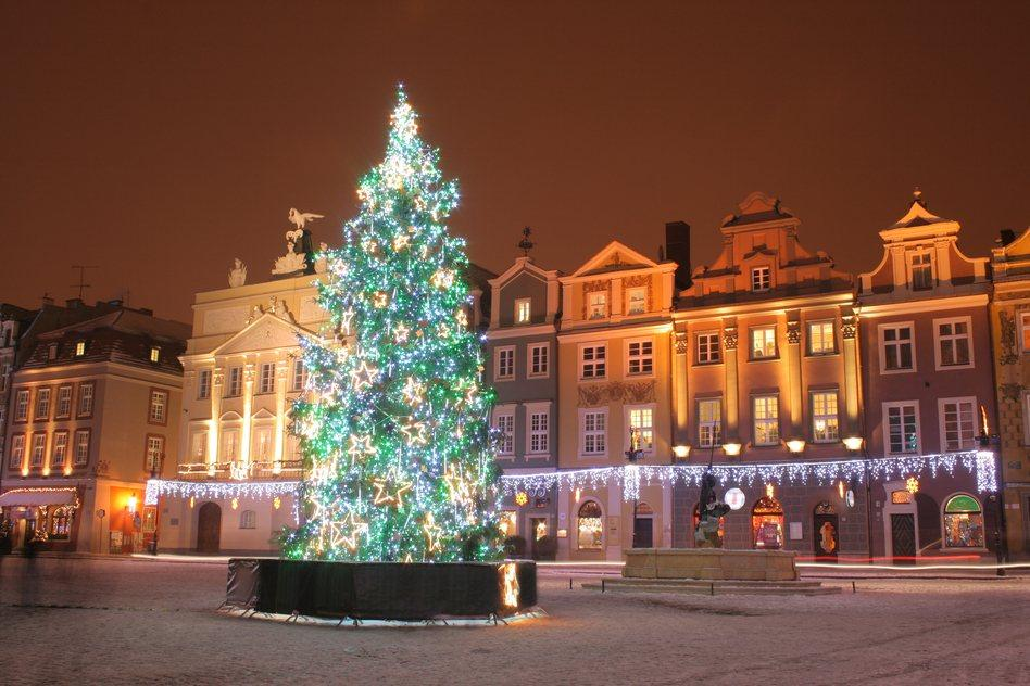 Muốn đón Noel theo cách truyền thống không thể bỏ qua những điểm đến này-3