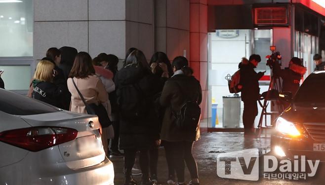 Cảnh sát phong tỏa căn hộ nơi Jong Hyun (SHINee) tự sát bằng khí than-3