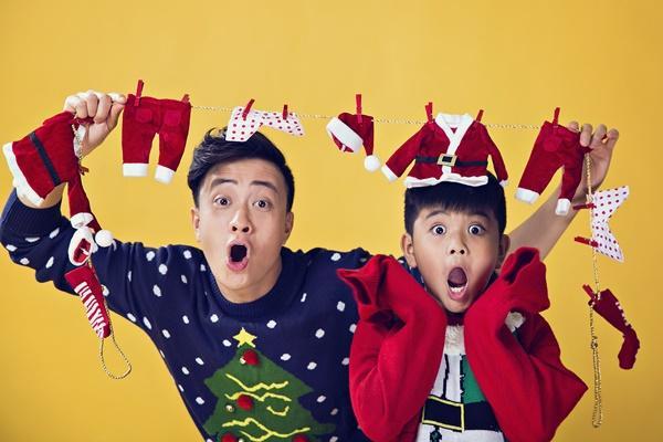 Hai cha con Lương Mạnh Hải lột xác trong mùa Giáng sinh-11