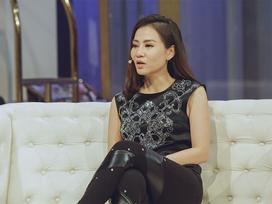 Thu Minh kể về mối tình đầu: 'Suốt 3 năm si tình, tôi cứ ngồi đợi người ấy đi ra rồi ngắm chứ không dám thổ lộ'