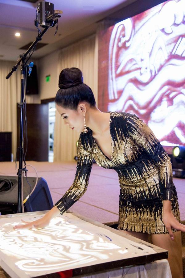 Chiêm ngưỡng tài năng mà Nguyễn Thị Loan kém may bị mất lượt tại Hoa hậu Hoàn vũ 2017-5