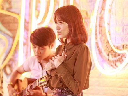 Hari Won 'đốn tim' fan với ca khúc từng khiến mình bật khóc