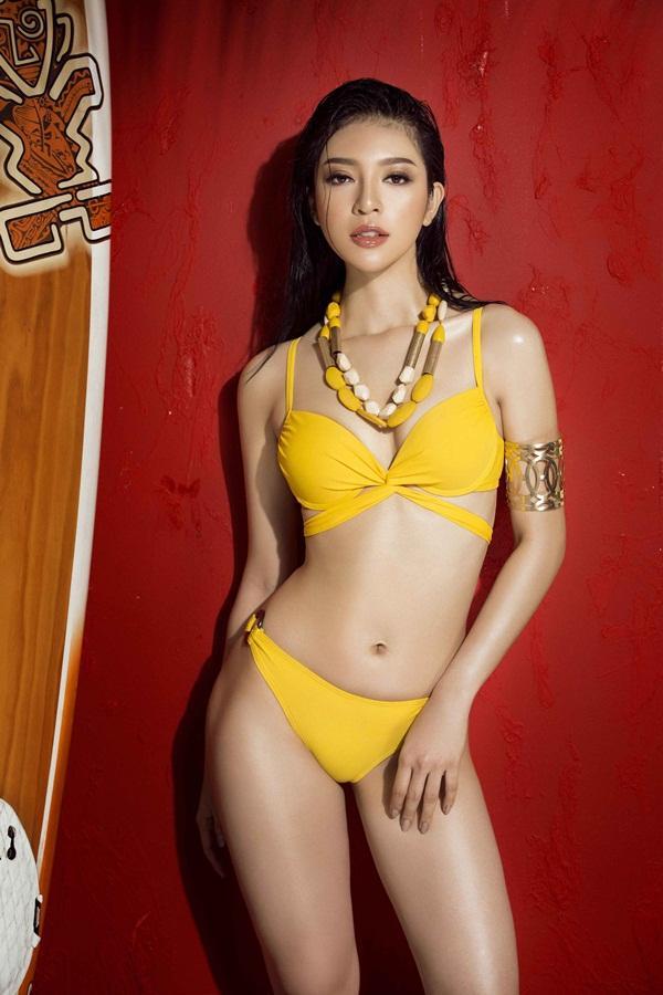 Bỏng mắt trước loạt ảnh bikini của dàn thí sinh Hoa hậu Hoàn Vũ Việt Nam 2017-10