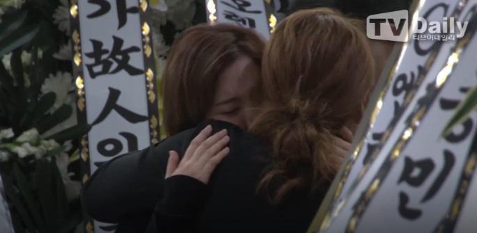 Super Junior, EXO và nước mắt nghệ sĩ ngập đám tang ngôi sao SHINee Jonghyun-3