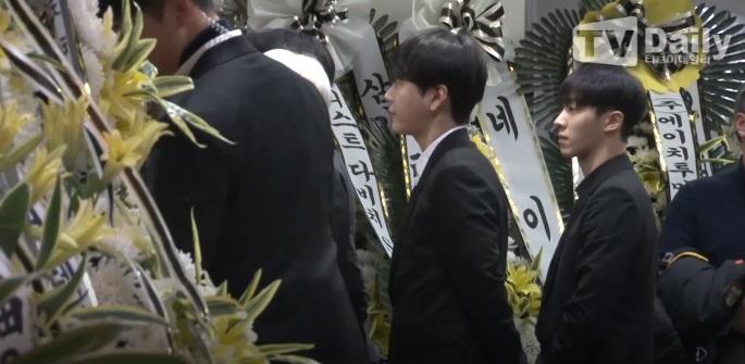 Super Junior, EXO và nước mắt nghệ sĩ ngập đám tang ngôi sao SHINee Jonghyun-5