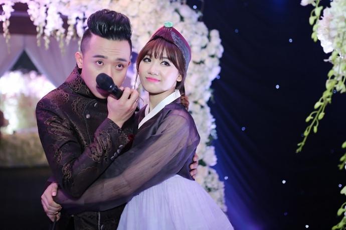 Kỷ niệm 1 năm ngày cưới, vợ chồng Trấn Thành xin off 4 ngày để tận hưởng hạnh phúc riêng-1