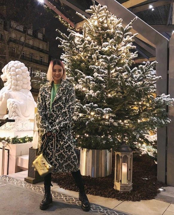 Dàn mỹ nhân Hàn tô đậm không khí Giáng sinh bằng street style sắc màu rực rỡ-1