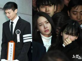 Những giọt nước mắt nghẹn ngào trong lễ tang SHINee Jonghyun