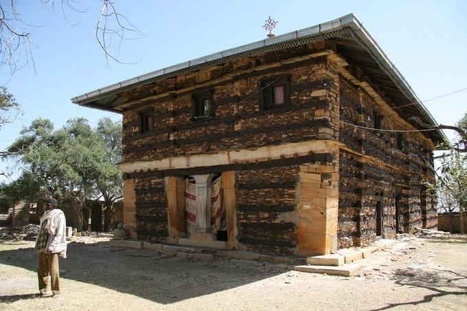 Những nhà thờ bí mật ẩn trong vách đá dựng đứng ở Ethiopia-8