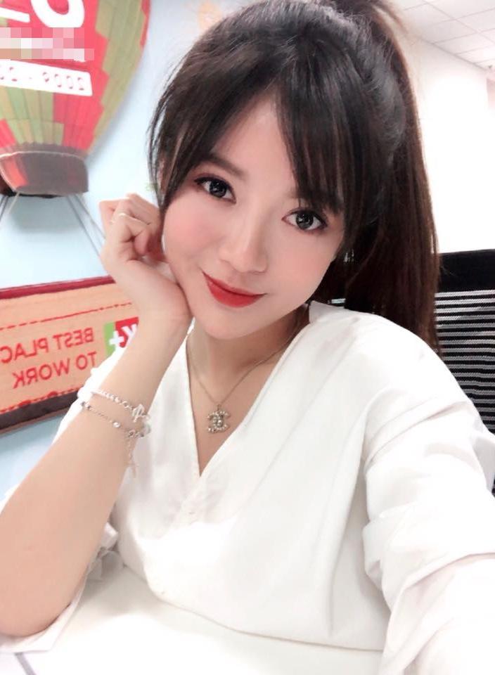 Hot girl - hot boy Việt 21/12: Minh Châu khoe giọng ngọt ngào khi cover nhạc phim Mẹ chồng-3