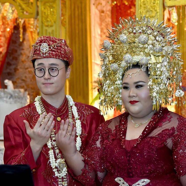 3 cô dâu hạnh phúc nhất năm dù quá khổ nhưng vẫn kiếm được chú rể soái ca-5
