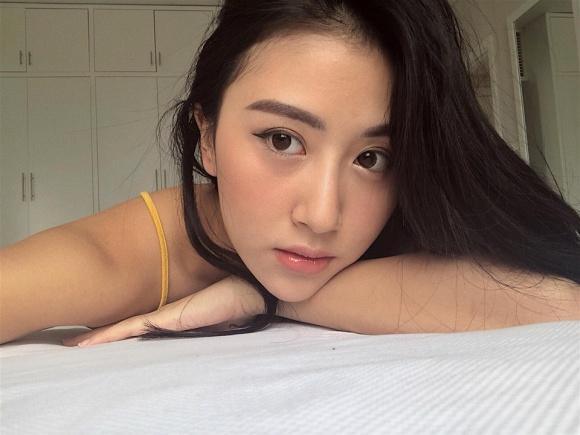 Hot girl - hot boy Việt 22/12: Huyền Baby sành điệu hết ý khi ở Hàn Quốc-6