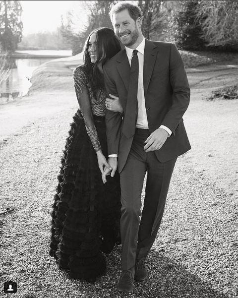 Vợ hoàng tử Harry chọn váy ngày đính hôn táo bạo nhất lịch sử-2