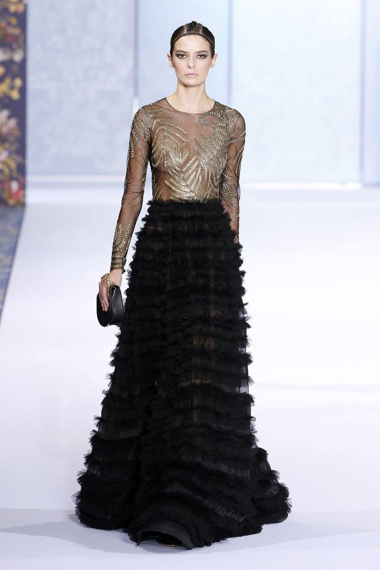 Vợ hoàng tử Harry chọn váy ngày đính hôn táo bạo nhất lịch sử-3