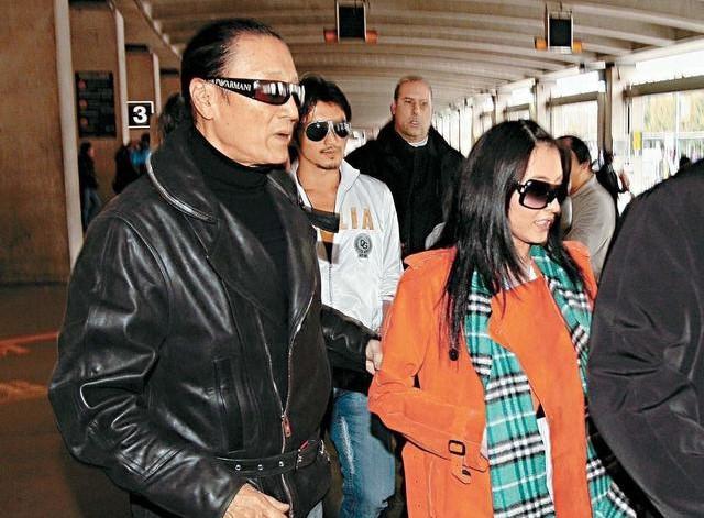 Cha Tạ Đình Phong để lại toàn bộ tài sản cho Trương Bá Chi và hai cháu-1