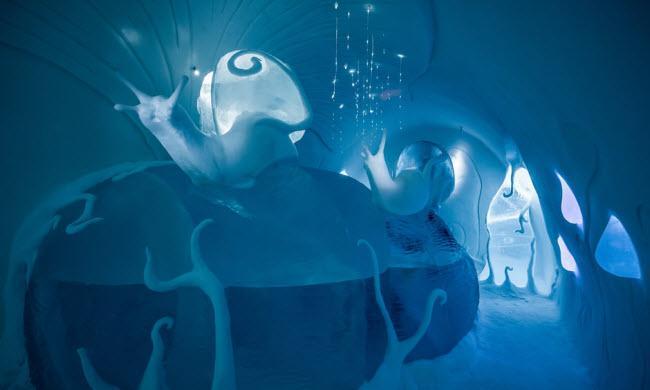 Lạnh tê tái trong khách sạn băng đẹp như ngoài hành tinh-3