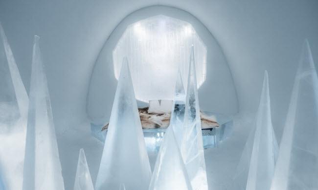Lạnh tê tái trong khách sạn băng đẹp như ngoài hành tinh-6