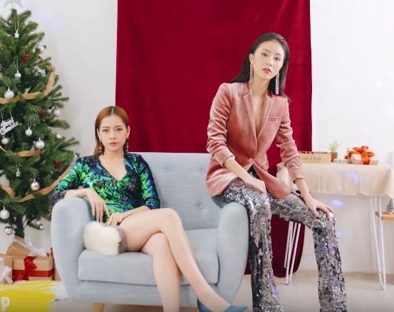 Clip: Chi Pu - Quỳnh Anh Shyn gợi ý 6 set đồ giúp bạn nổi bần bật đêm Giáng sinh-2