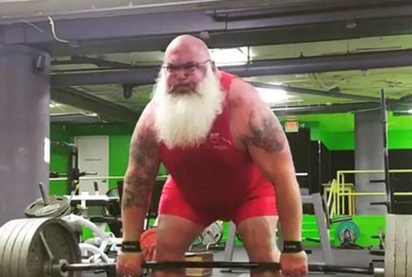 Ông già Noel bon chen đi tặng quà Giáng sinh-14