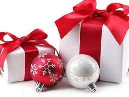Tặng gì cho bạn gái vào Lễ Giáng Sinh này, bạn đã biết chưa?